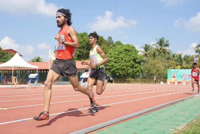 Narendra Prathap Singh of Mangalore University in action at the 80th All India Inter-University Athletics Championship at Moodbidri on Sunday.