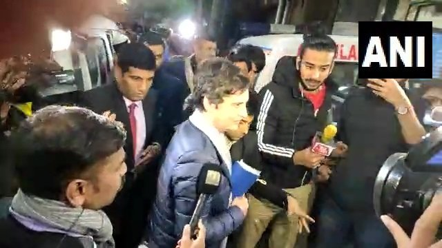Congress leader Priyanka Gandhi Vadra visited AIIMS Trauma Centre to inquire about the well being of JNU students and teachers admitted there following the violence at the university. Photo/ANI
