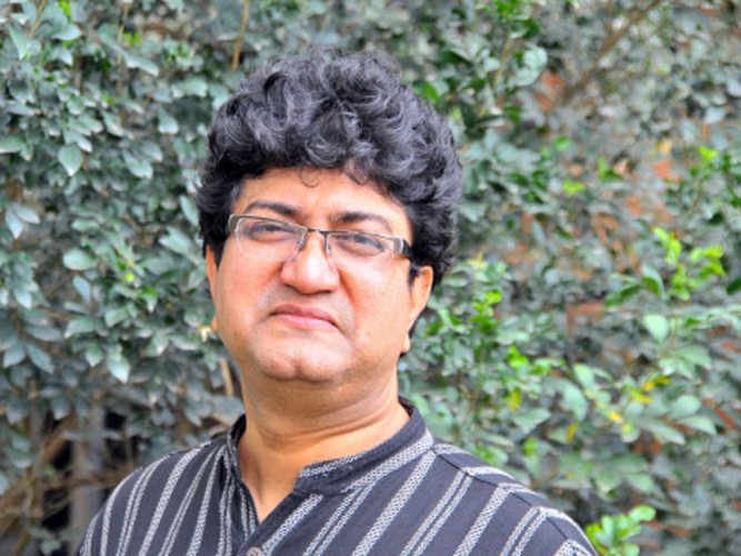 New B'wood music composed only for entertainment:Prasoon Joshi