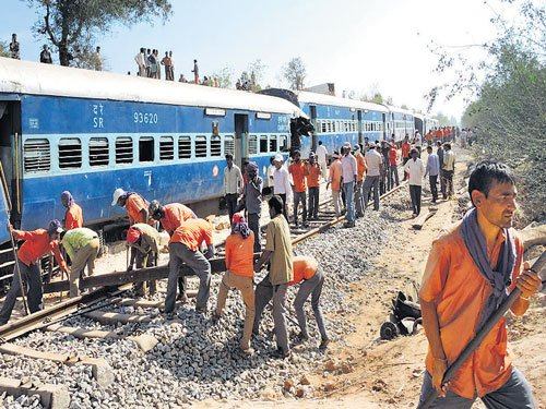 Railway track cleared for traffic