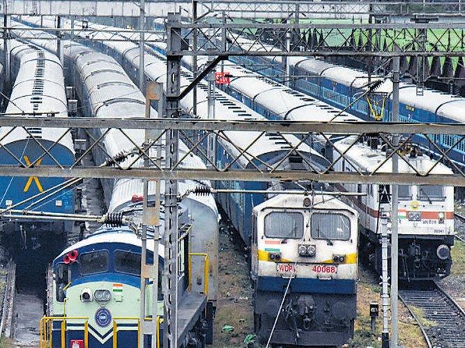 Aadhaar must for online railway ticket booking