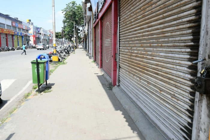 Shops are closed during 'Bharat Bandh' in Mysuru. (DH photo)