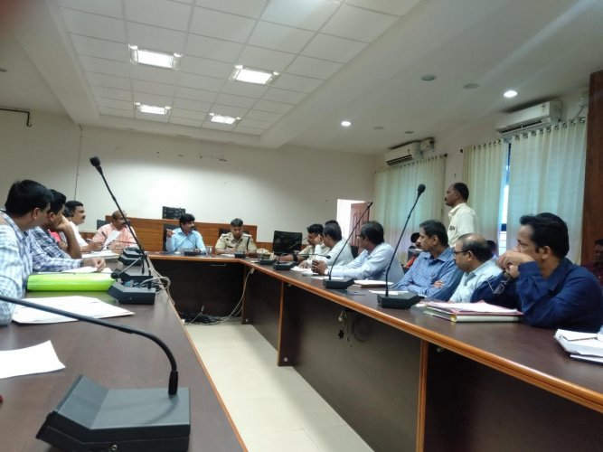 Deputy Commissioner G Jagadeesha chairs a preparatory meeting on Paryayaat his office in Manipal.