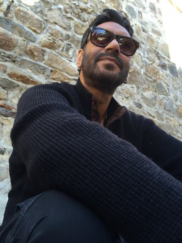 Taking to Twitter, Ajay said people should further the spirit of peace and brotherhood. Credit: Twitter (@ajaydevgn)