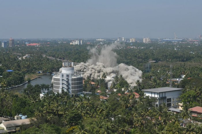 H2O Holy Faith apartment tower in Maradu has been demolished through controlled implosion in Kerala. (DH Photo)