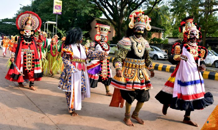 Art troupes performed during the procession held as a part of the Karavali Utsav in Mangaluru on Friday.