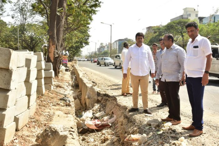 Mayor Goutham Kumar, along with Bommanahalli MLA Satish Reddy and BBMP engineers, reviewed the progress of the work from Agara Junction to Central Silk Board on Friday.