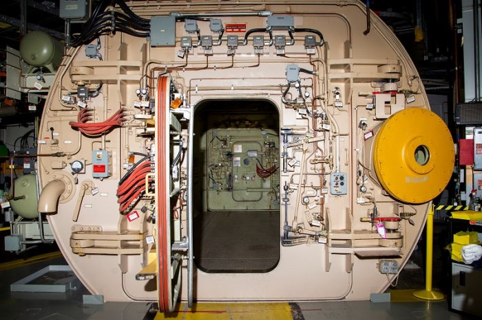 Machinery is seen inside the Pickering Nuclear Power Generating Station near Toronto, Ontario. (Reuters Photo)