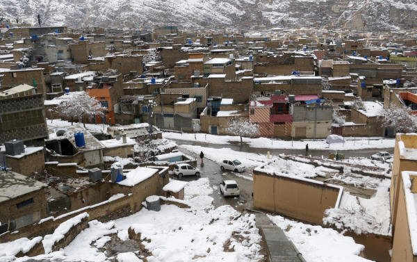 A general view of residential area after a snowfall in Mariabad, Quetta, Pakistan January 13, 2020. (REUTERS Photo)
