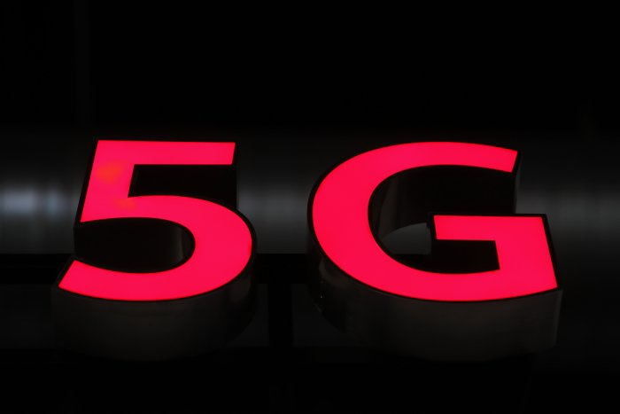 Many countries, however, have allowed telecom service providers to use Chinese gears. Now, India has also indicated its unwillingness to keep any company out of 5G trials. (AFP Photo)
