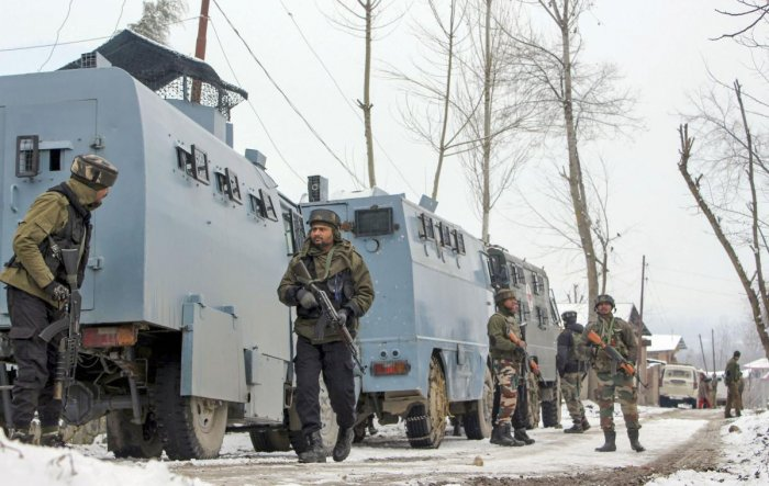 After more than five months of internet shutdown in Jammu and Kashmir, the UT administration Tuesday evening restored mobile internet and broadband in parts of Jammu region. (PTI Photo)