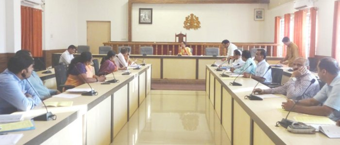 Deputy Commissioner Annies Kanmani Joy chairs a meeting of Labour department at the DC's office in Madikeri on Wednesday. DH Photo