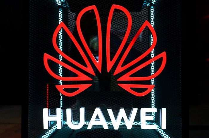 The Huawei logo is pictured at the IFA consumer tech fair in Berlin, Germany. (REUTERS photo)