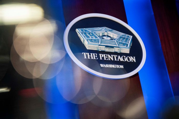 Pentagonspokesman Jonathan Hoffman told reporters that eight service members who had been previously transported to Germany had been moved to the United States.