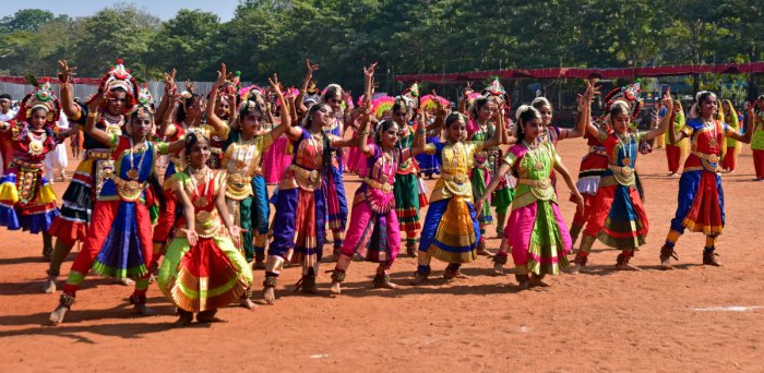 The students of the 71st Republic Day celebrations at the Nehru Maidan in Mangalore on Sunday took part in the cultural tradition.