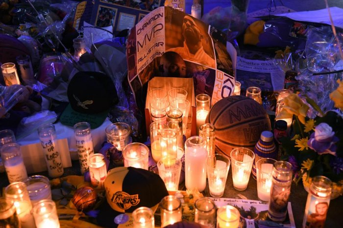Items left by fans to pay their respects to Kobe Bryant at LA Live on January 28, 2020 in Los Angeles, California. (AFP Photo)