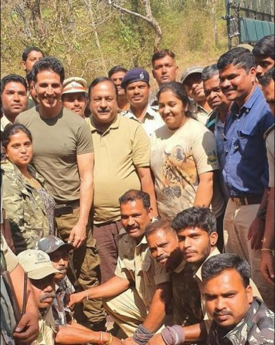 """Interacting with the Forest department personnel, Akshay said, """"If forest is alive; humans are alive""""."""