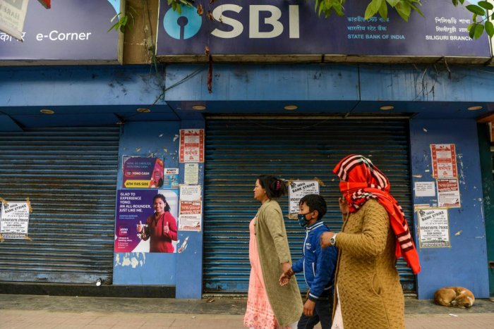 Manybanks, including StateBankof India (SBI), had informed customers in advance that operations may beimpactedto some extent due to thestrike. Credit: AFP Photo