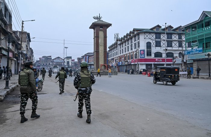 """""""Hundreds of Kashmiris remain in 'preventive detention', including key political figures,"""" they said. (Credit: AFP Photo)"""