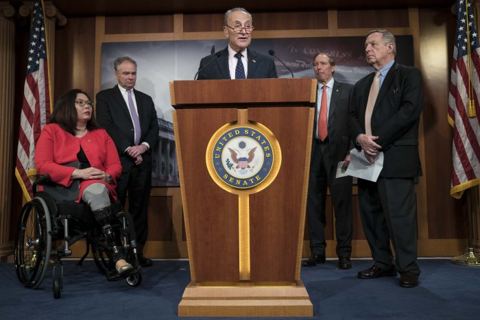 U.S. Minority Leader Sen. Chuck Schumer (D-NY) speaks during a news conference following the bipartisan Senate vote on the War Powers Resolution on Iran with Senators Tammy Duckworth (D-IL), Tim Kaine (D-VA), Tom Udall (D-NM) and Dick Durbin (D-IL) at the U.S. Capitol. (AFP Photo)