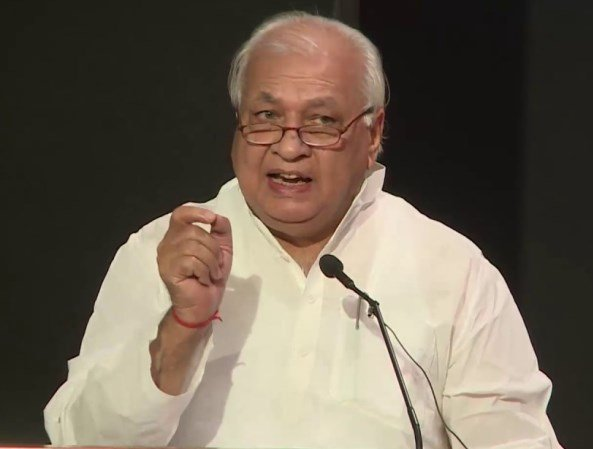 Kerala Governor Arif Mohammad Khanremarks came hours after various students and youth outfits staged unprecedented protests across the state, including in front of his official residence, Raj Bhavan here, against the police action in Jamia Millia Islamia University in New Delhi in connection with the CAA. Photo/Twitter (@DDIndiaLive)