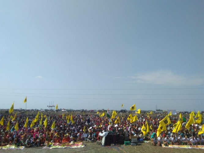 Agitators seeking a separate Bodoland state in Kokrajhar, Assam on Saturday. Photo by ABSU