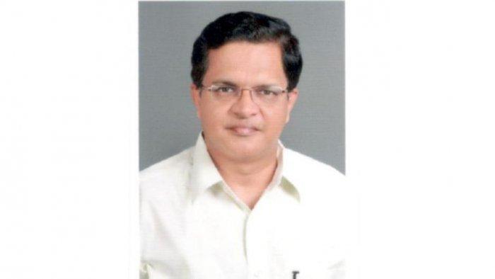 Non-Resident India Commissioner Narendra Sawaikar