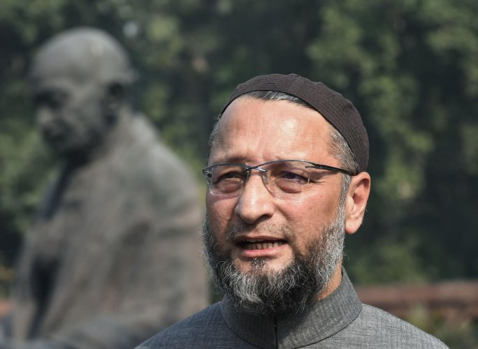 """Owaisi had on Monday last attacked the Union government in the Lok Sabha over the Citizenship (Amendment) Bill, saying it was aimed at making Muslims """"stateless"""" and would lead to another partition. Photo/PTI"""