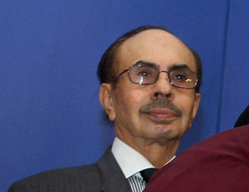 Adi Godrej pitches for low rates under GST