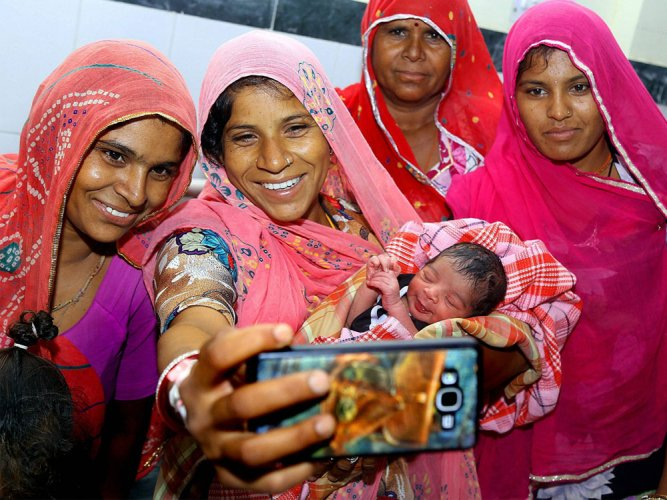 Raje sends blessing to newborn GST baby!