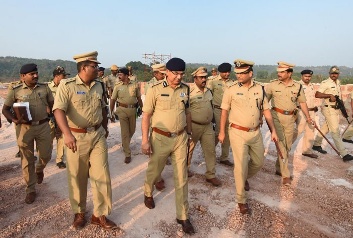 ADGP (Law and Order) Amar Kumar Pande along with Commissioner of Police Dr P S Harsha visited the venue of the protest rally at Kannur in Adyar on Tuesday.