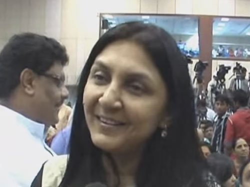 Never took any favours from govt, claims Gujarat CM's daughter