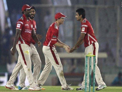 KXIP stun Gujarat Lions as Axar takes hat-trick