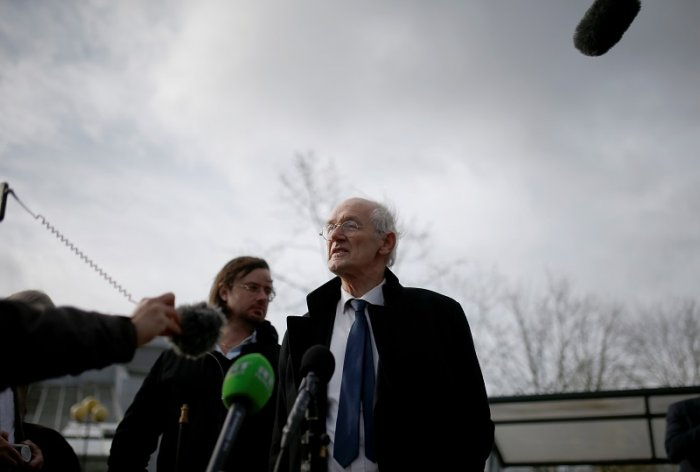 WikiLeaks founder Julian Assange's father John Shipton, speaks at a news conference outside Woolwich Crown Court, during a hearing to decide whether Assange should be extradited to the United States, in London, Britain. (Reuters Photo)