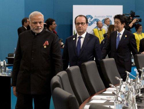 Tax havens should provide information on black money: Modi at G20