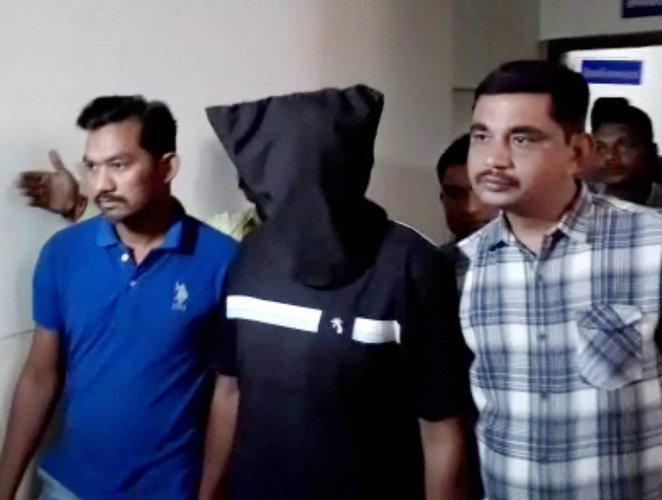 Gujarat ATS arrests suspected ISIS operatives