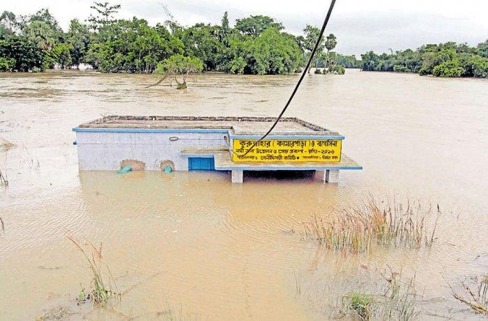 Death toll in Gujarat floods reaches 111