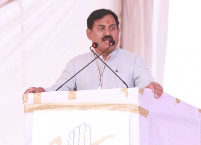 Congress releases first list for Gujarat polls, Indranil Rajyaguru to take on CM Rupani
