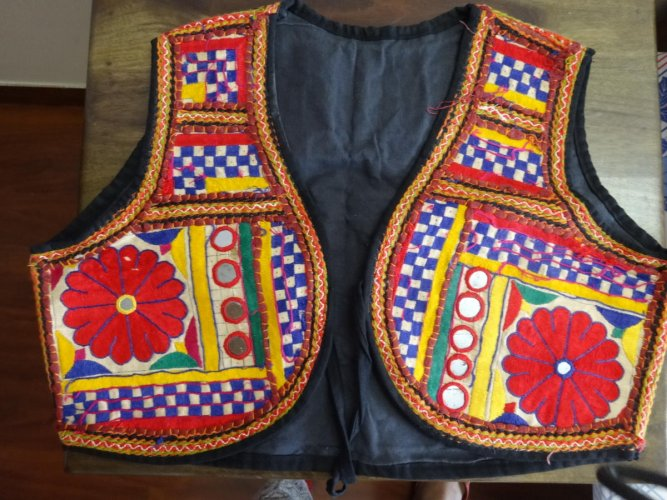 A Kutch hand-embroidered koti for sale in Gujarat