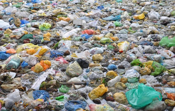 Karnataka banned single-use plastic in March 2016, Karnataka banned single-use plastic. Since then, the authorities have been battling to curb the use of plastic. DH File Photo