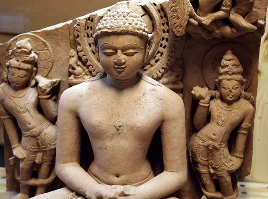 1,000-yr-old Indian statues seized from Christie's in US