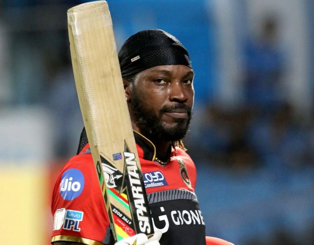 Gayle becomes first cricketer to score 10,000 runs in T20