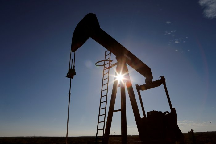 WTI was on track for a weekly loss of 26%, the steepest drop since 1991. (Credit: Reuters Photo)