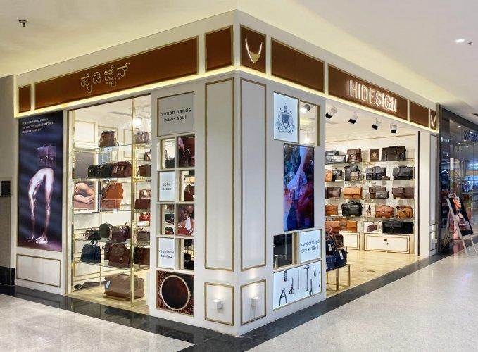 Hidesign Store.