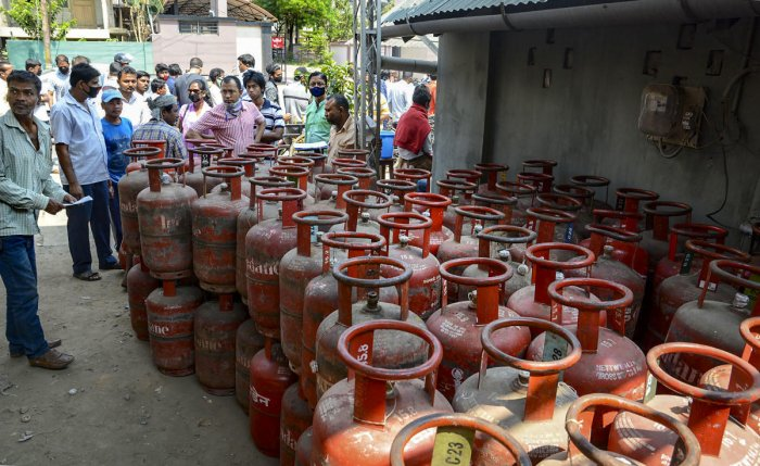 Locals gather to collect LPG cylinder after lockdown as a precautionary measure against coronavirus pandemic. (Representative image/PTI Photo)
