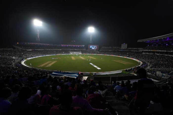 As if this addiction is not convincing enough, the survey found, 41% of Indian sports fans would rather lose their job than not be able to attend a historic sporting final/event. But the only condition: The sports has to be cricket or football, and the match has to be big enough. Photo/AFP