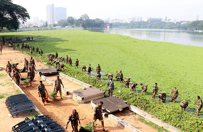 MEG regiment soldiers cleaning the Halasuru Lake on Wednesday.