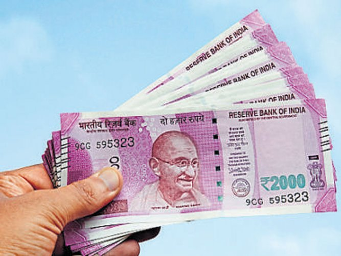 Rs 2,000 notes dominate counterfeit currency seizures | Deccan Herald