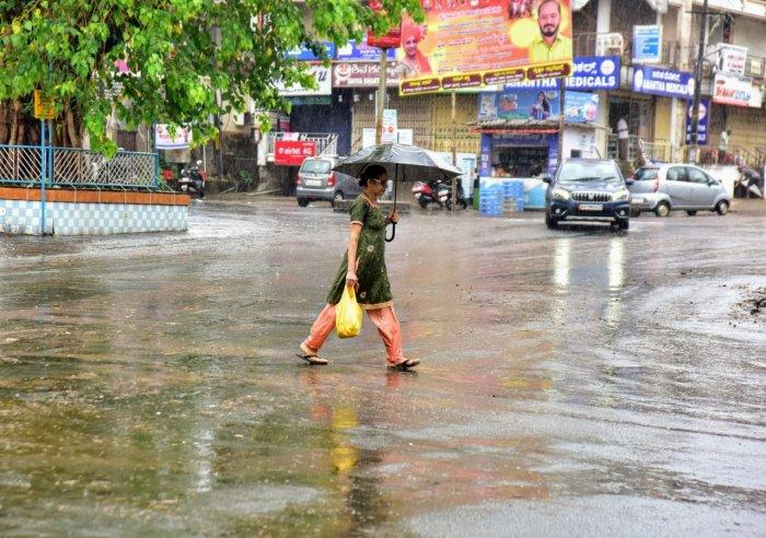 Heavy rains lashed Mangaluru on Saturday. (Credit: DH Photo/Govindraj Javali)