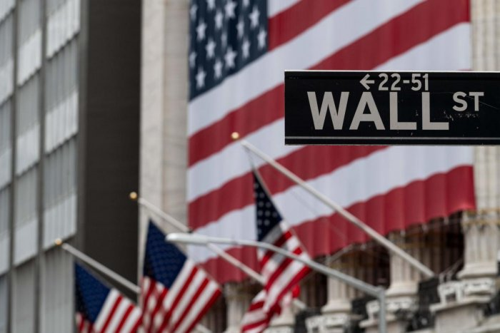 Wall Street opened higher on April 27, 2020 buoyed by hopes of a return to economic normalcy as states eye easing restrictions on businesses that closed to stop the spread of the coronavirus. Shortly after the opening bell, the Dow Jones Industrial Average was up 0.5 percent to 23,893.81. The broad-based S&P 500 gained 0.7 percent to 2,857.07, while the tech-rich Nasdaq rose 0.9 percent to 8,713.90. (Photo by AFP)